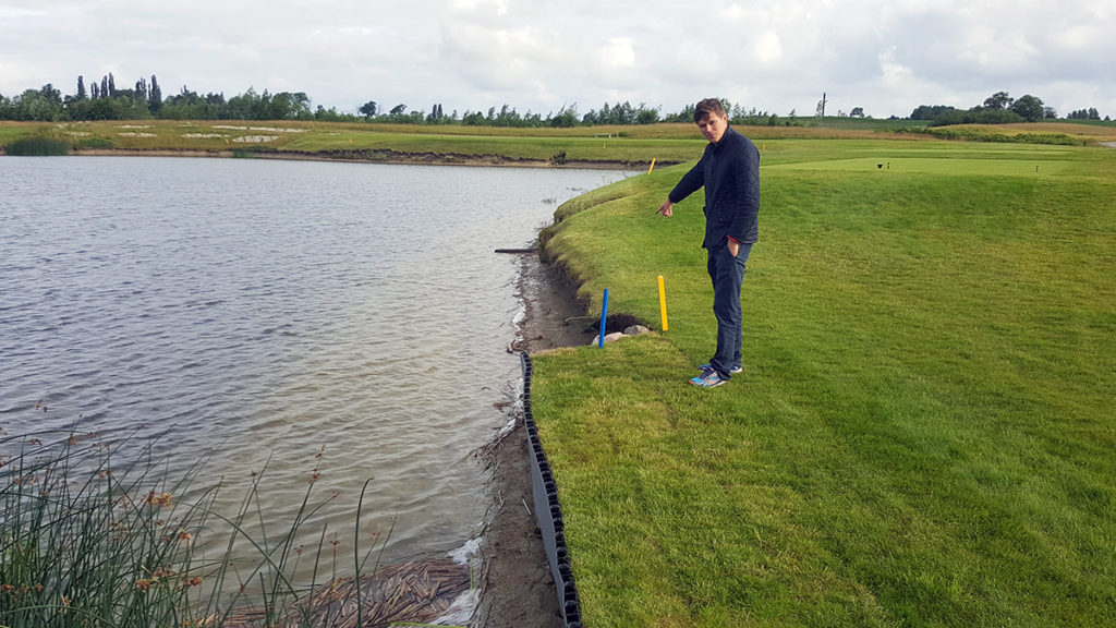 Golfdamm